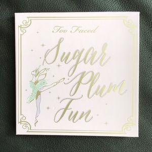 Too faced sugar plum fun palette limited edition